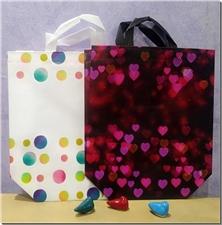 کتاب ساک دستی پلیمری - طرح توپ و قلب - در طرح ها و رنگ های مختلف - خرید کتاب از: www.ashja.com - کتابسرای اشجع